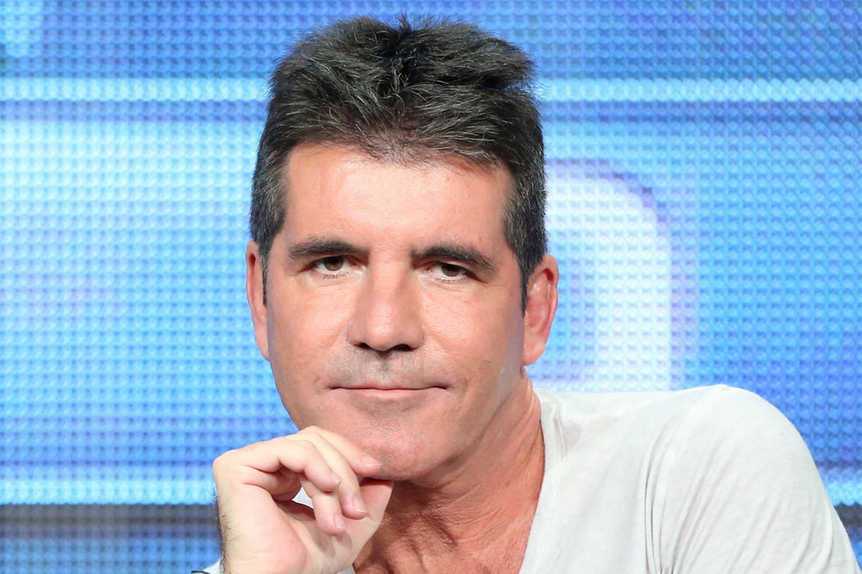 ជាការពិតដែល TV Judge លោក Simon Cowell បានត្រលប់មកវិញ បន្ទាប់ពីធ្លាក់ពីលើកង់អគ្គិសនី